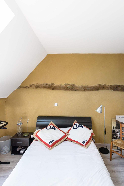 chambre avec enduit terre