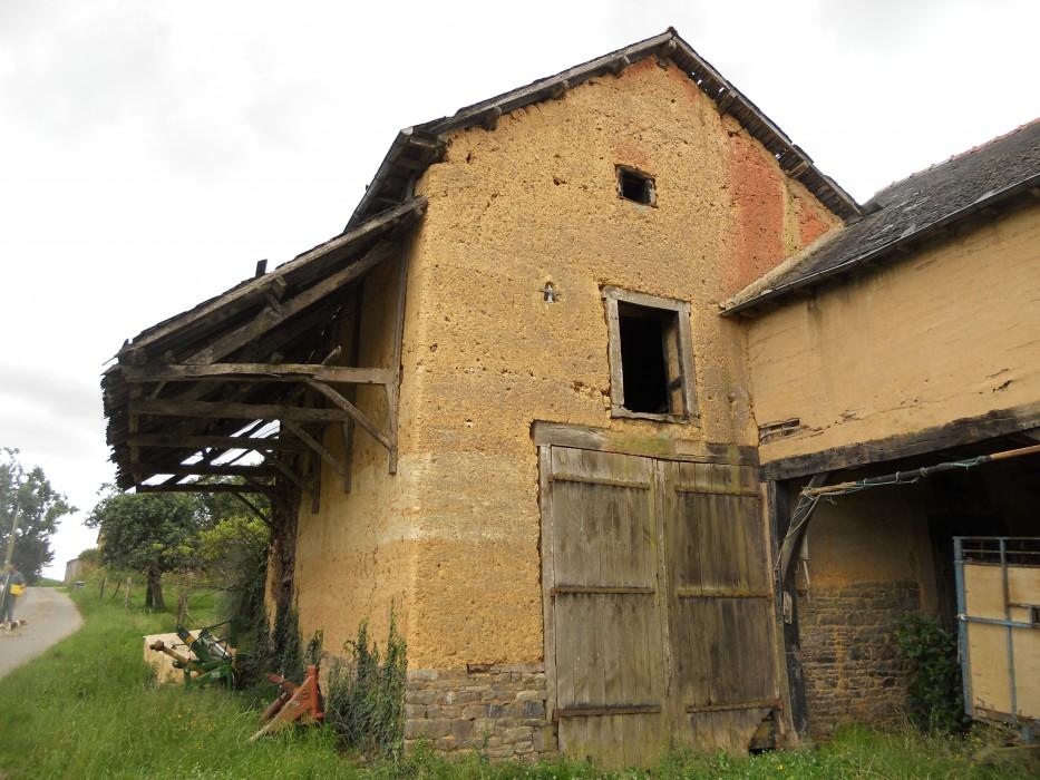 Exemple n°4 : Bâti agricole en bauge à Melesse