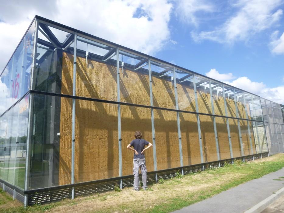 Exemple n°1 : Bauge contemporaine à Rennes