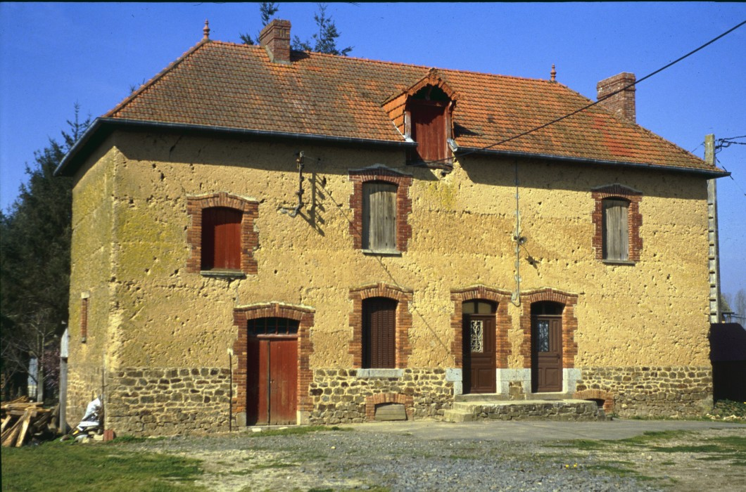 maison en bauge de 1929 - Gevezé - Ille et Vilaine